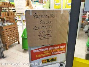 Montefiascone - Furto con scasso al Todis
