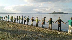 Capodimonte - Flashmob l'abbraccio del lago