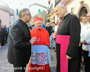Piansano - Patto di fratellanza fra i facchini di Santa Rosa e quelli della Madonna del rosario - Il cardinale Monterisi e il vescovo Fumagalli