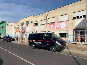 Il servizio antidroga dei carabinieri nelle scuole