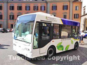 Un bus elettrico