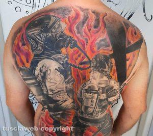 A New York il tatuatore Nicola Burratti