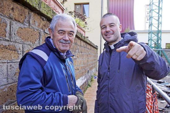 Viterbo - Massimo Saggini e don Emanuele Germani