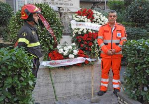 Roma - L'omaggio del 118 regionale ai vigili del fuoco uccisi ad Alessandria