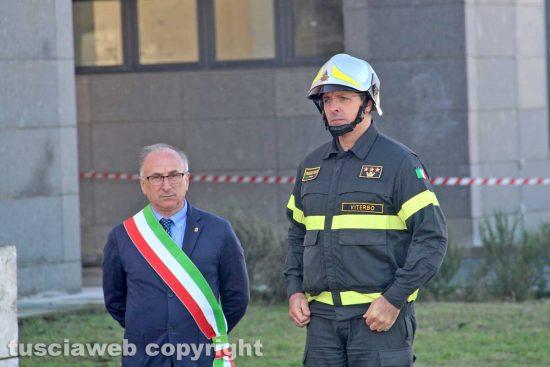 Viterbo - Il sindaco di Montefiascone Paolini alla commemorazione dei vigili del fuoco