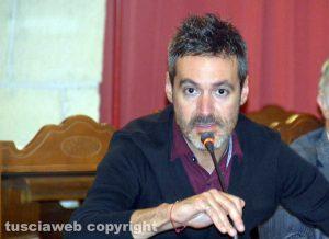 Tarquinia - L'assemblea contro l'inceneritore - Il vicesindaco di Allumiere Manrico Borgi