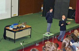 Narni Scalo - L'incontro sul cyberbullismo con la polizia postale