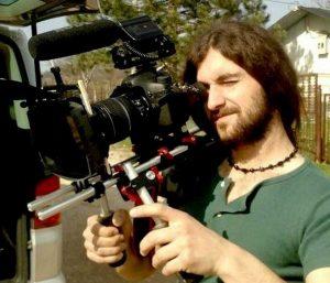 Il regista Ado Hasanovic