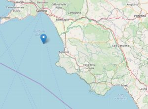 Salerno - Terremoto al largo di Salerno, magnitudo 3.4.