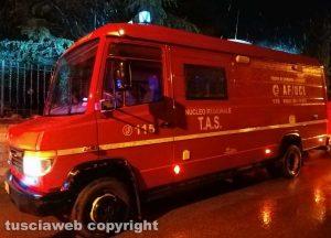 Le ricerche dei vigili del fuoco - Foto di repertorio