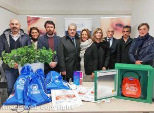 Viterbo - La consegna del defibrillatore all'ufficio turistico