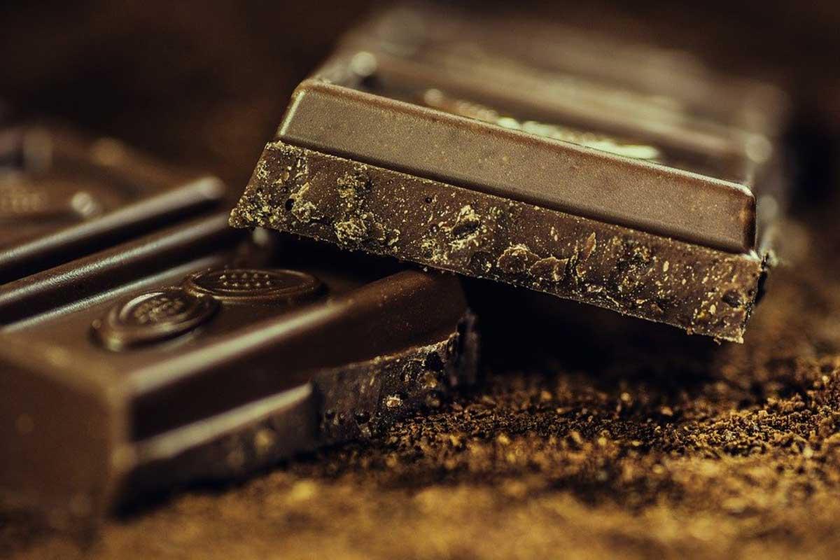 Ruba 20 tonnellate di cioccolata e scompare