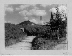 L'archetto sotto la ferrovia di collegamento tra la Cassia e il Paradiso