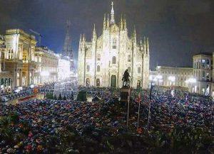Milano - Le sardine in piazza Duomo