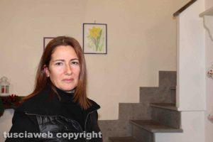 Giallo di Ronciglione - Le prime immagini della scala da cui Maria Sestina Arcuri è precipitata - Roberta la mamma di Andrea Landolfi Cudia