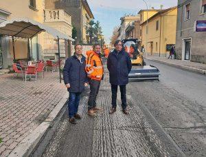 Lavori sulla provinciale a Orte Scalo - Il sindaco Giuliani e l'assessore Bacchiocchi sul posto
