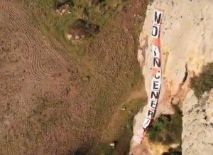"""Allumiere - """"No inceneritori"""", il flashmob degli arrampicatori di Ripa Majala"""