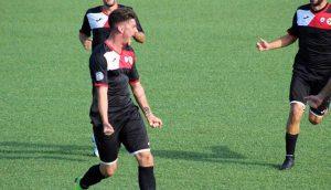 Sport - Calcio - Monterosi - L'esultanza di Esposito