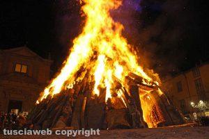 Viterbo - Il Sacro fuoco di Sant'Antonio a Bagnaia