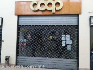 Montefiascone - La Coop in cui è stato messo a segno il furto