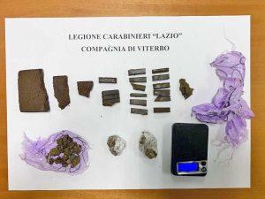 Viterbo - La droga nascosta nei parchi pubblici sequestrata dai carabinieri
