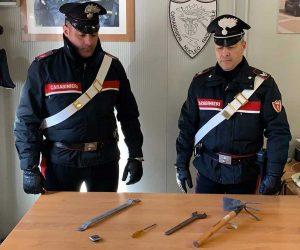 Civitavecchia - Carabinieri - Gli arnesi sequestati