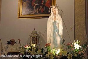 Viterbo - La statua della Madonna di Lourdes a Sant'Angelo in Spatha