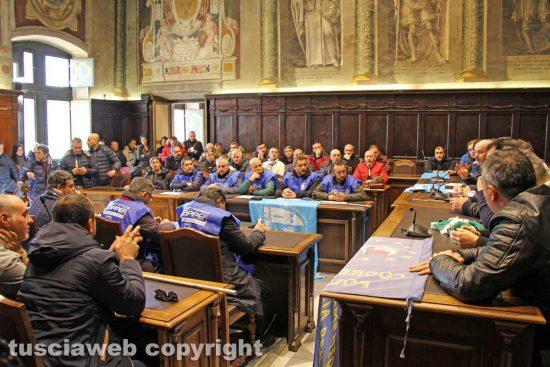 Viterbo - La conferenza stampa della polizia penitenziaria