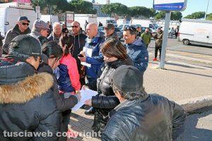 Viterbo - Mercato del sabato - La protesta degli ambulanti