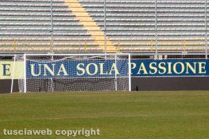 Sport - Calcio - Viterbese - I led pubblicitari al Rocchi