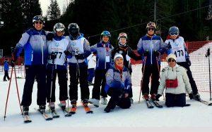 Carnia - La squadra di sci alpino con i tecnici e gli assistenti