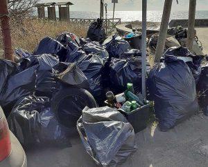 Montalto di Castro - La pulizia della spiaggia