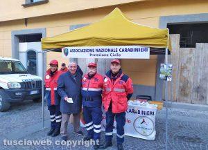 Viterbo - Antonio Scardozzi assieme ai volontari della protezione civile