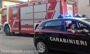 Vigili del fuoco e carabinieri - Immagine di repertorio