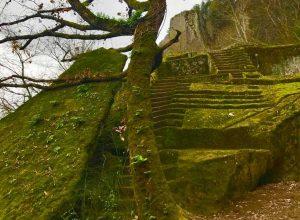 Soriano nel Cimino - La piramide etrusca