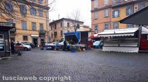 Il mercato alimentare di piazza San Faustino