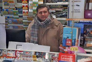 Edicola dell'Ellera - Il titolare Alessandro Delle Monache
