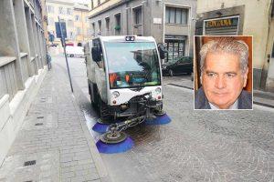 Viterbo - La sanificazione stradale - Nel riquadro Giovanni Arena