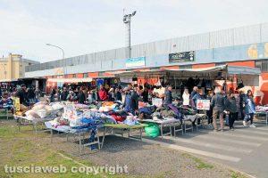 Viterbo - Il mercato del sabato al Carmine