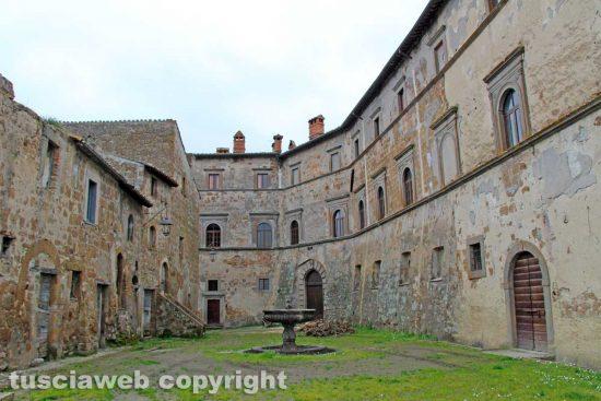 Montecalvello - Il castello di Balthus
