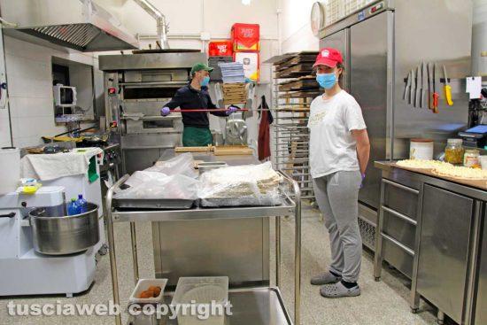 Viterbo - Coronavirus - Il lavoro dei fattorini