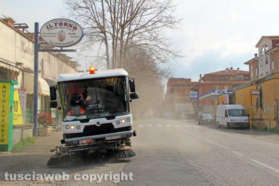 La macchina per la sanificazione delle strade