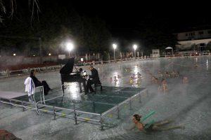 Concerto sull'acqua della piscina Terme dei Papi