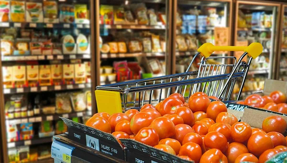 Coronavirus, supermercati presi d'assalto dopo l'annuncio di Conte