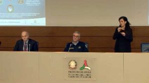 La conferenza stampa dalla sede della protezione civile