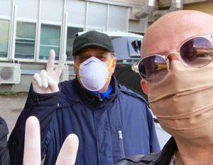 Lorenzo e Marco Ciorba all'uscita dall'ospedale di Belcolle