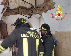 Foggia - Due palazzine crollano per una fuga gas