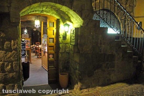 Viterbo - Una pizzeria che ha aderito a Risorgiamo Italia
