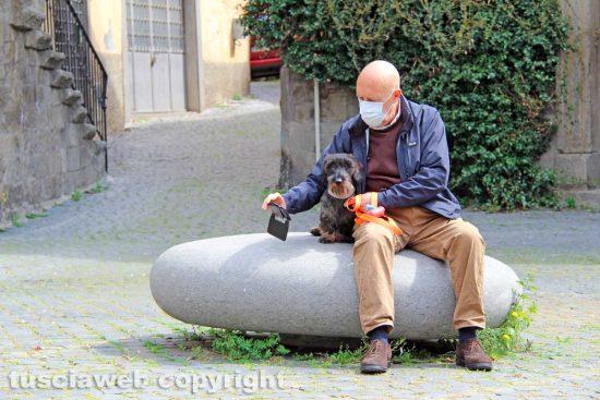 Viterbo - Selfie a piazza San Carluccio