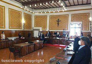Montefiascone - Il minuto di silenzio in consiglio comunale